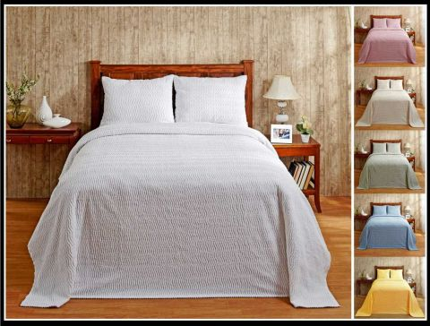 Natick Bedspread and Sham